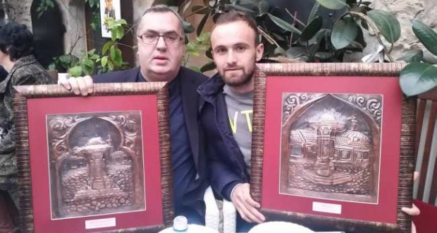Sabahudin Topalbečirević i Amel Tuka